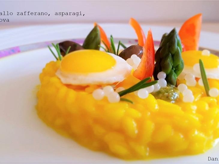 Risotto allo zafferano, con uova di quaglia e Sorpresa finale - Daniel Facen